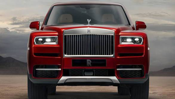 Rolls-Royce Cullinan Front View and Headlights